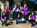 El rector Torres i les dones del Consell de Direcció el dia Internacional de les Dones
