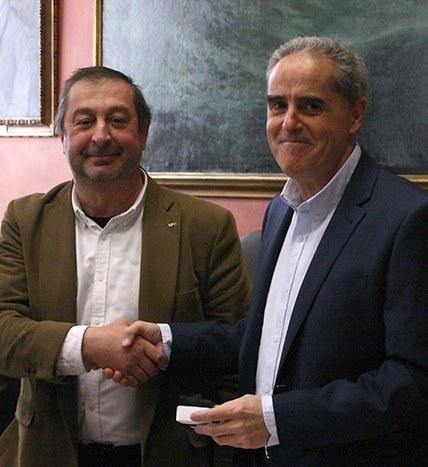 El rector Torres amb el professor Jose Manuel de la Puente, a la dreta
