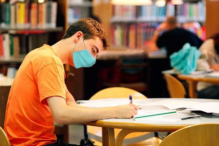 biblioteca-eupm-web.jpg