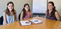 Gaia D'Elia, Guayente García i Maria Vilardell, estudiants becàries del programa mentors Salsa'm