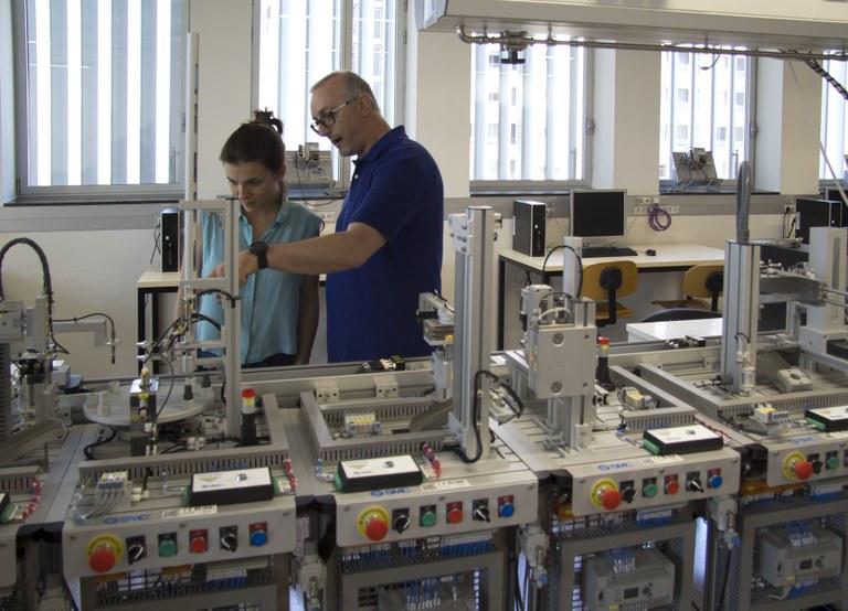 Laboratori docent de l'Escola d'Enginyeria de Barcelona Est (EEBE)