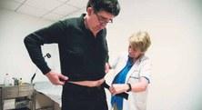 Primer aparell per mesurar l'afectació del Parkinson