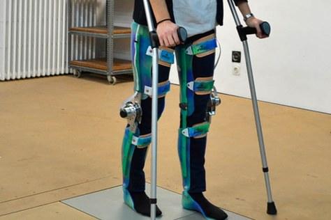 Un exoesquelet de baix cost desenvolupat a la UPC és guardonat al programa CaixaImpulse