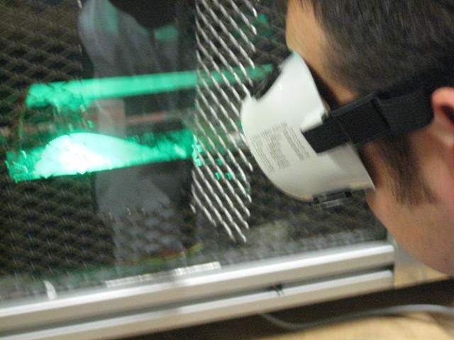 Laboratori de Sistemes i Processos Tèxtils Mecànics